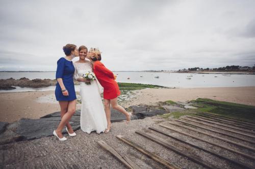 La mariée et ses témoins, ou le drapeau français
